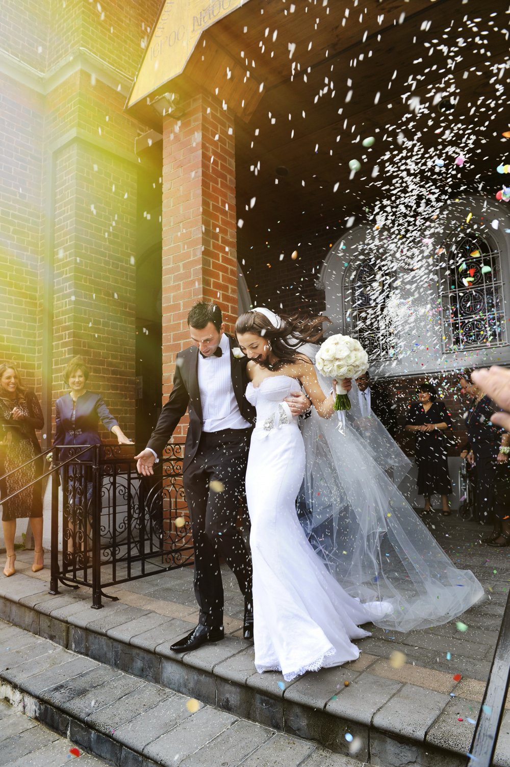 Married, wedding, candid, confetti, Greek