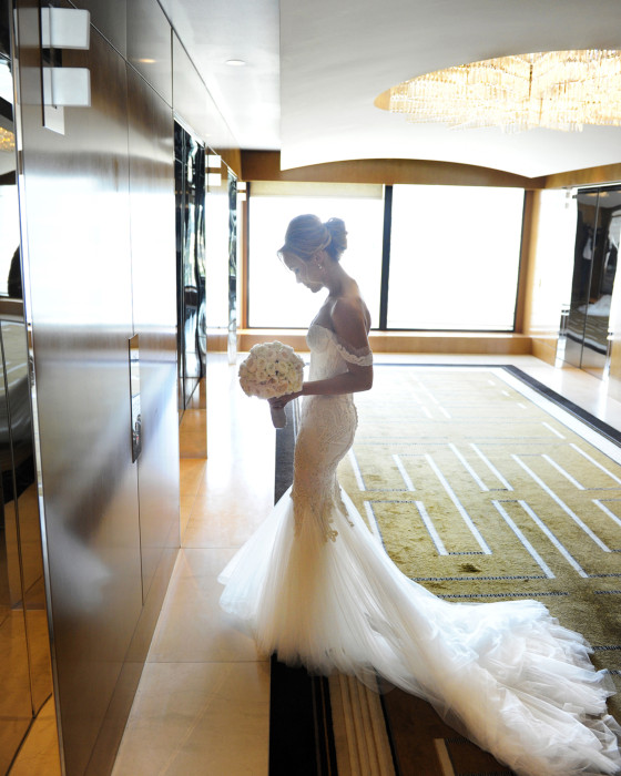Crown- casino- gown- dress- fashion- flowers- candid- back light- melbourne- wedding
